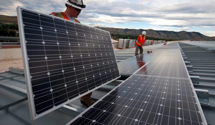 solárne a fotovoltaické panely