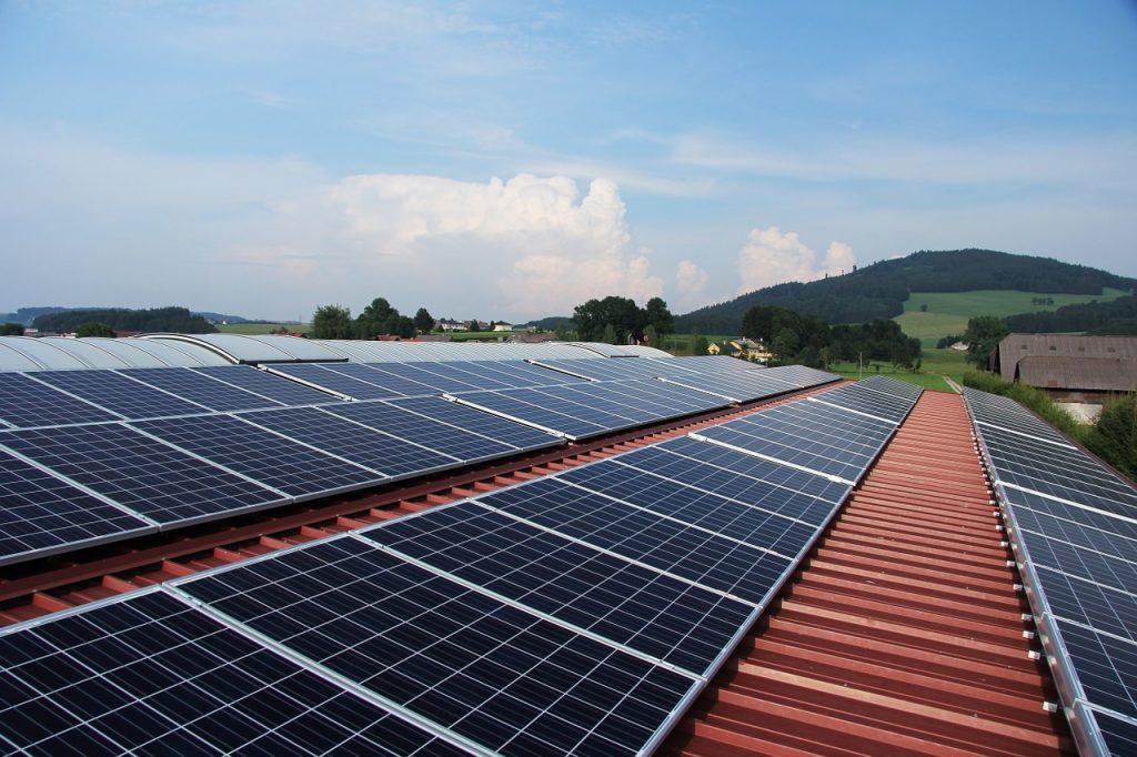 fotovoltaické panely na streche